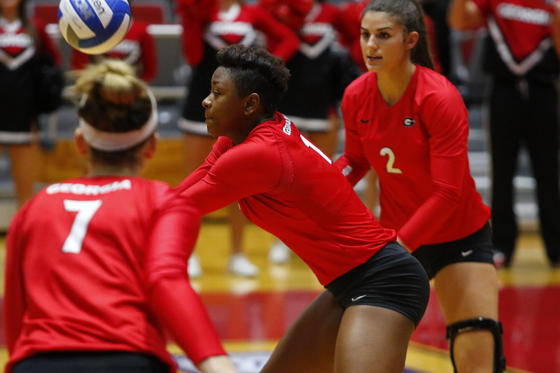 Georgia's T'ara Ceasar (1) during the Bulldogs' match against UCF at Ramsey Student Center in Athens, Ga., on Wednesday, Nov. 29, 2017.  (Photo by Steffenie Burns / Georgia Sports Communication)