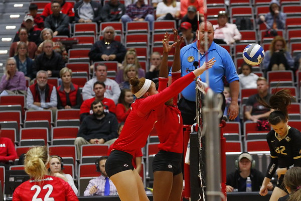 Georgia's Kianna Young (17) and Georgia's T'ara Ceasar (1) during the Bulldogs' match against UCF at Ramsey Student Center in Athens, Ga., on Wednesday, Nov. 29, 2017. (Photo by Steffenie Burns)