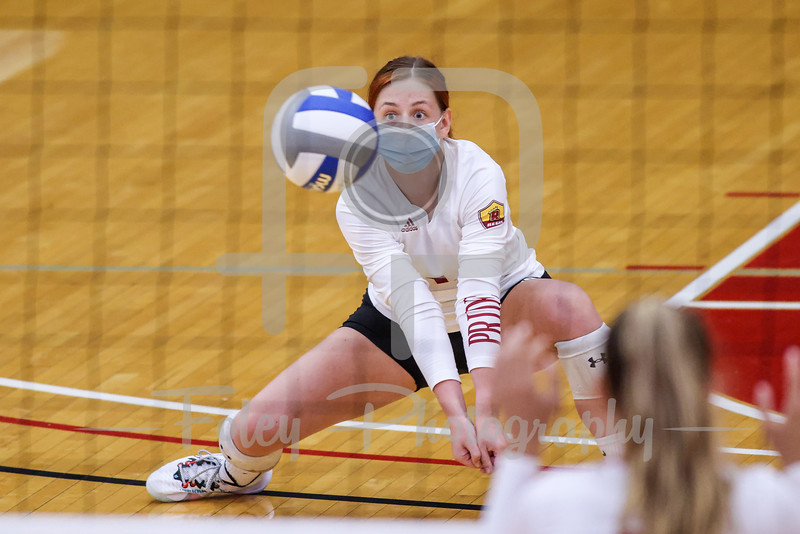 Sep. 01, 2021; Worcester, Massachusetts, USA; Regis College Pride libero Mica van der Meulen (1) during a non conference matchup between Regis College and WPI. The Engineers won 3-0 over the Pride at Harrington Gymnasium. Photo by Foley-Photography.