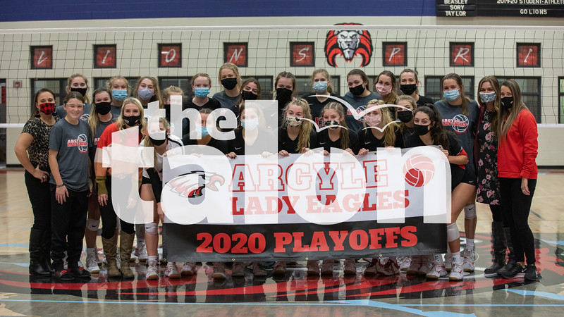 The Eagles kick off the playoffs with a win against Benbrook at Castleberry High School on October 29, 2020. (Katie Ray | The Talon News)