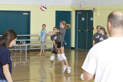 Halli Rec Volleyball 10--10