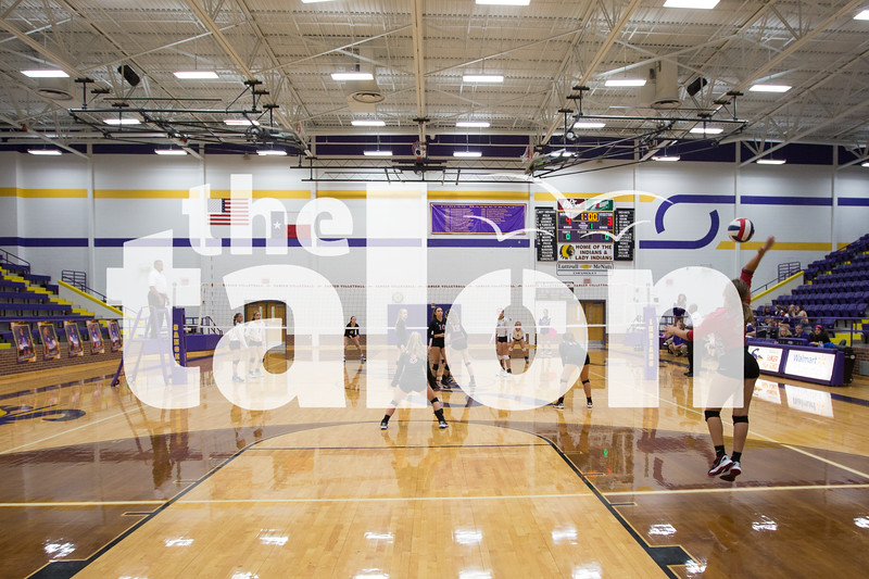 JV Lady Eagles take on Sanger on Monday, Oct. 10 at Sanger High School in Sanger, TX. (Caleb Miles / The Talon News)