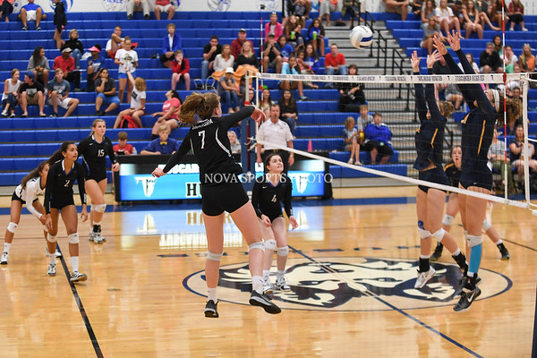 AW Volleyball Loudoun County vs Tuscarora-105