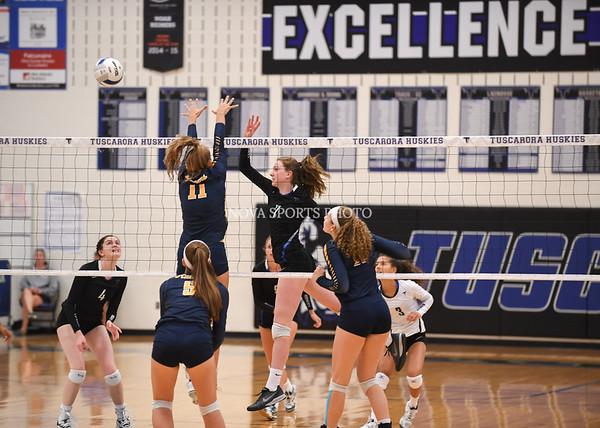 AW Volleyball Loudoun County vs Tuscarora-19