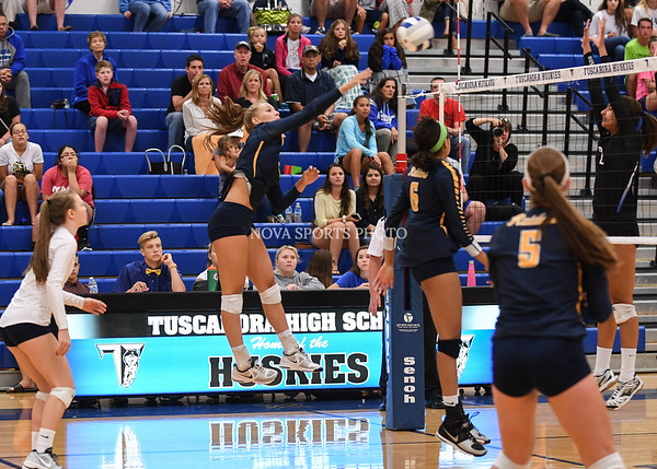 AW Volleyball Loudoun County vs Tuscarora-40