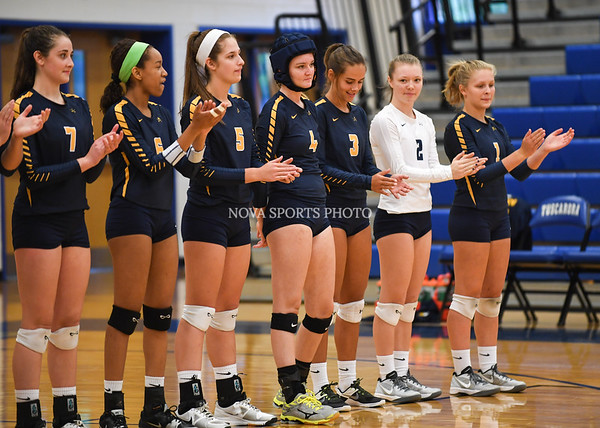 AW Volleyball Loudoun County vs Tuscarora-3