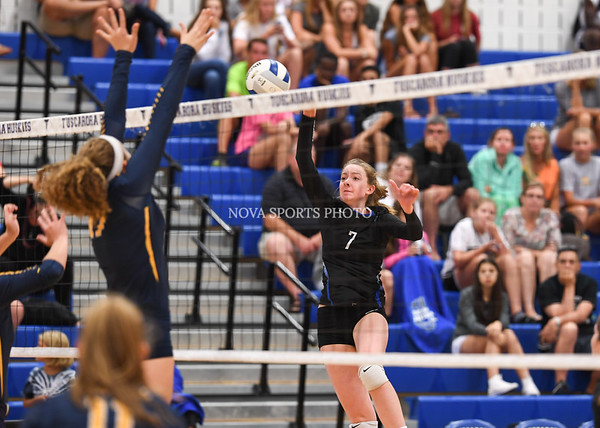 AW Volleyball Loudoun County vs Tuscarora-43