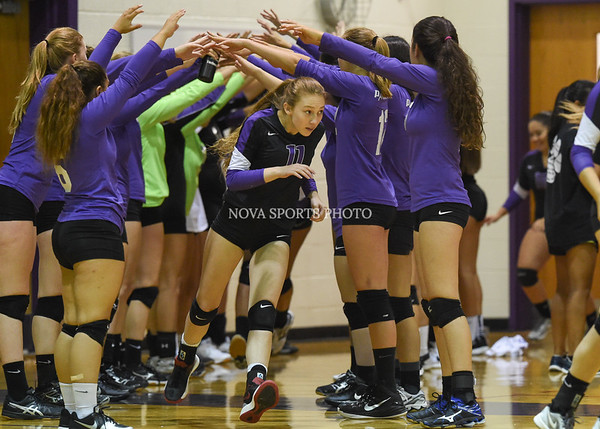 AW Volleyball Langley vs Potomac Falls-1