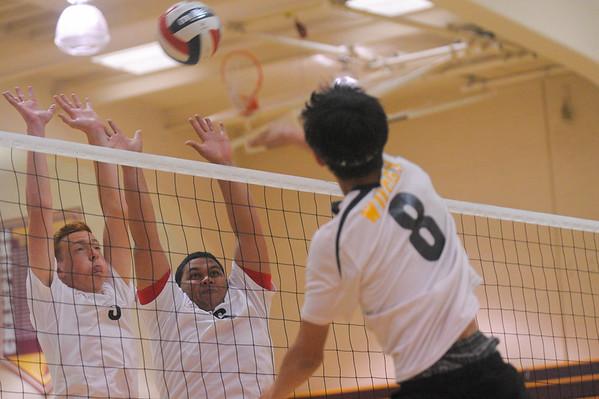 Wilcox  Boy's Varsity Volleyball vs. Menlo-Atherton 2015-03-17