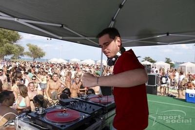 2007-7-14 Chicago Sport & Social Club VOLLEYWOOD- Beach Bash007