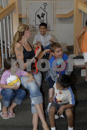 Kerri Walsh visits the House -2008
