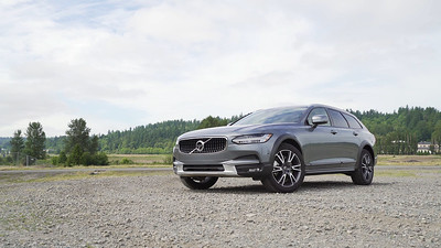 2017 Volvo V90 Cross Country AWD Parked Reel