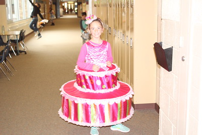 Vowles Elementary shares photos from the Halloween parade.