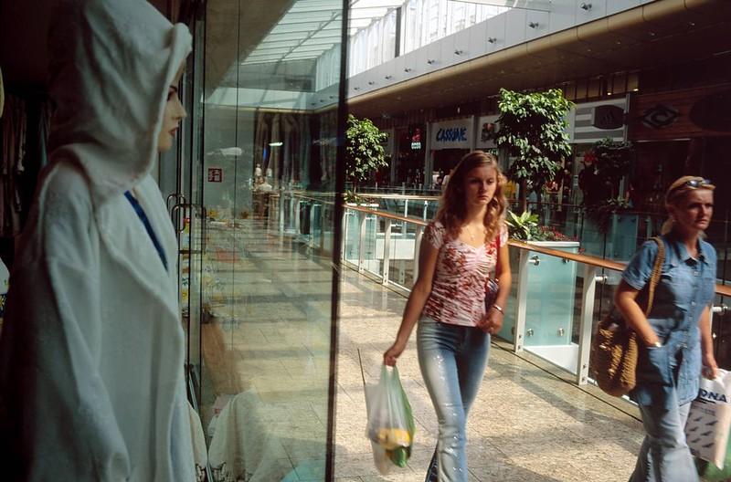 SLOVAKIA. Bratislava. Shopping mall. 2002.
