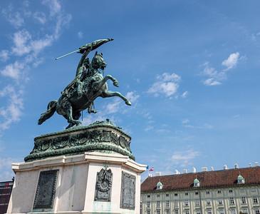 Heldenplatz (place des Héros)