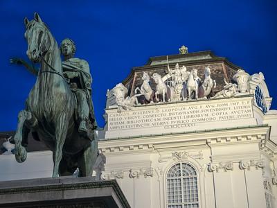 La statue équestre de Josef II et la Bibliothèque nationale