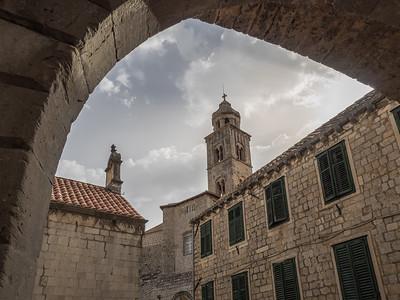 Une des entrées de la ville médiévale