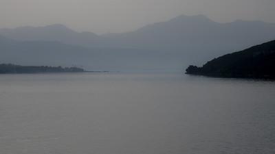 Entrée matinale dans les bouches de Kotor