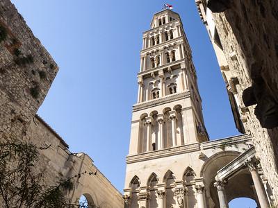 La cathédrale Saint-Dujam