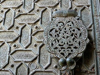 Détails d'une porte de la cathédrale