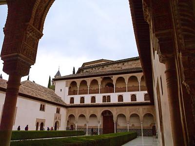 La cour des Myrtes (patio de los Arrayanes)