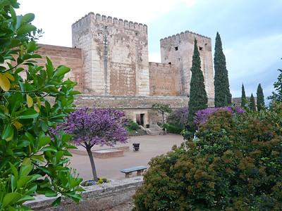 Les tours massives de l'Alcabaza, la citadelle