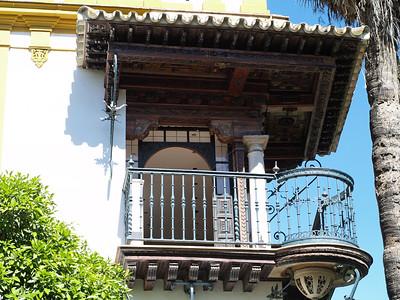 Balcon ouvragé de maison bourgeoise