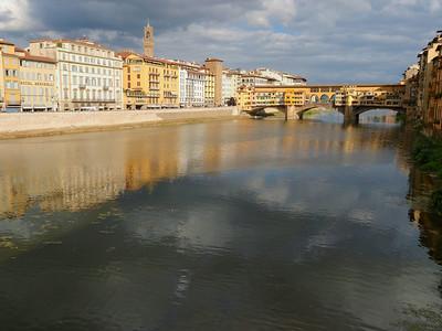 Les quais de l'Arno - Le Ponte Vecchio vu depuis le Ponte Santa Trinita