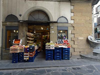 L'épicerie au coin de la rue