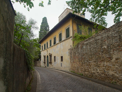 Descente vers la ville par la via di San Leonardo