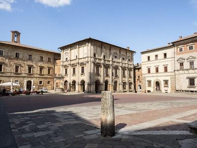 Le Palazzo Nobili Tarugi (XVIe sièccle) sur la Piazza Grande