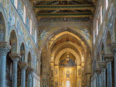 L'intérieur du Duomo