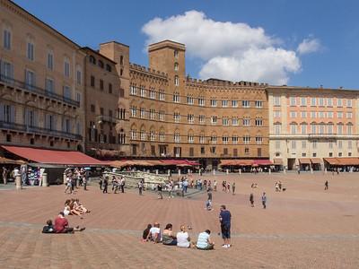 La célèbre Piazza del Campo
