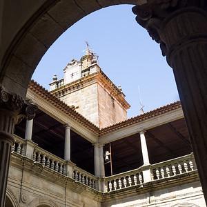 Le cloître et la cathédrale de Viseu