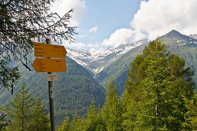 Ca. 40 minuten op pad, overnachting gepland in de Neue Sajathütte dus we hebben nog even te gaan