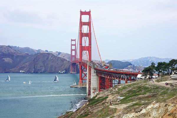 Le Golden Bridge