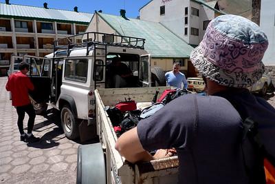 Dépose préliminaire en Jeep