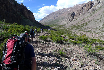 Aconcagua: Premier camp du Trek, Pampa de Lenas.