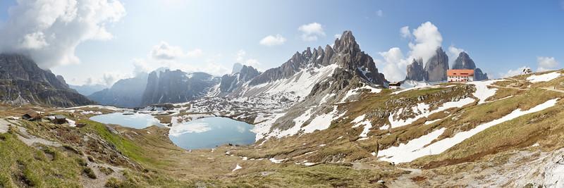 Laghi del Piani, Monte Paterno, Tre Cime di Lavaredo, Dolomites, Italie
