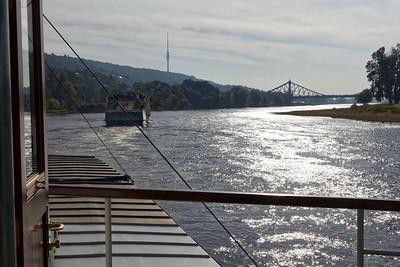 Au loin le pont de Loschwitz