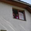 3 des joyeux lurons à la fenêtre de l'appartement de Berlin