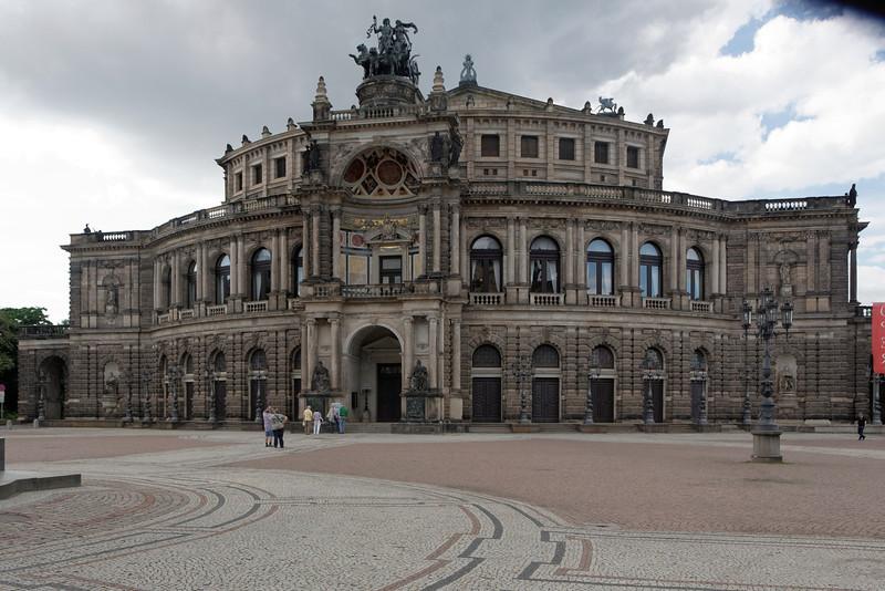 Opéra de Dresden là où nous avons écouté et vue l'opéra Le Chevalier à la roser de Richard Strauss