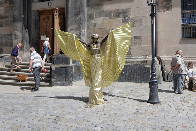 Des amuseurs de rue il y en a dans toutes les villes et Dresden n'échappe pas à la règle