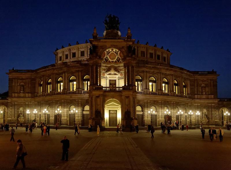 Opéra de Dresden à la sortie du concert