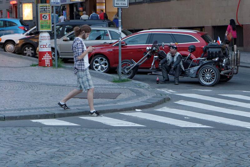 Un Tchèque en moto spéciale