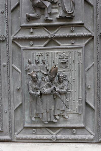 Détail de la porte de l'église St-Guy