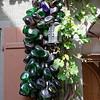 Même de vieilles bouteilles de verres contribuent à l'harmonie de la décoration des maisons.