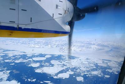 Très vite nous approchons du Groenland et de ses cotes magnifiques... La Banquise !