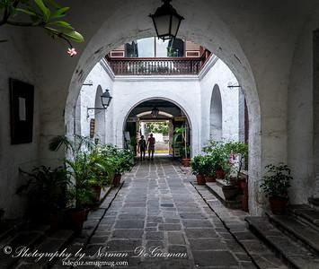 Plaza San Luis, Intermuros