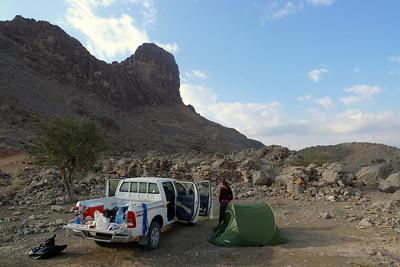 """""""Notre"""" bivouac d'Al Hamra, avec vue sur les trois tours, dont celle d'aujourd'hui: la Ouest."""